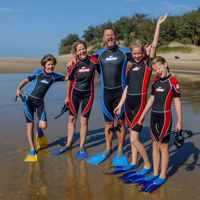 Guests often ask if it is necessary to wear a wetsuit when snorkeling at Cape Vidal, iSimangaliso? We suggest it! It keep your body temperature up, protect your back from the sun and offer sum extra buoyancy.